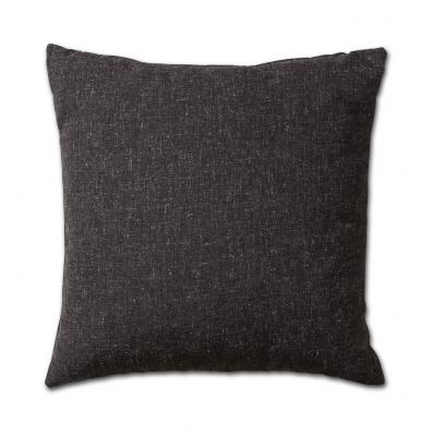 Knit Factory kussen 50x50 Lois zwart mele