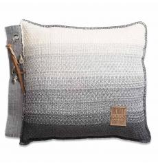 Knit Factory gebreid kussen Mae grijs mele 50x50