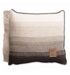 Knit Factory gebreid kussen Mae beige mele 50x50