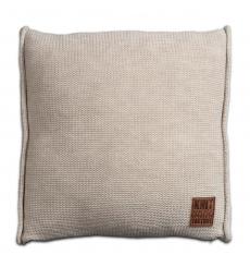 Knit Factory gebreid kussen uni beige 50x50